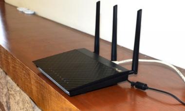 192.168.0.1 вход в роутер, зайти в настройки Wi-Fi роутера.